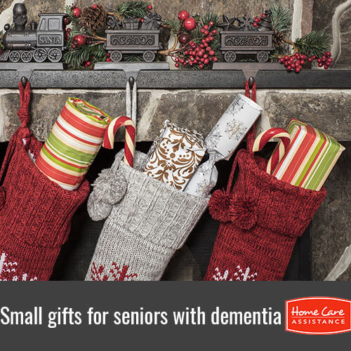 6 Stocking Stuffers to Get for Seniors with Dementia in Grand Strand, SC