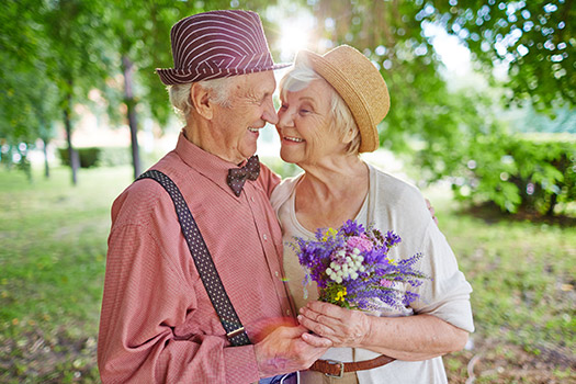 Popular Dating Websites to Try in the Golden Years in Grand Strand, SC